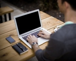 Starting a Freelance Business – What Your Website Needs